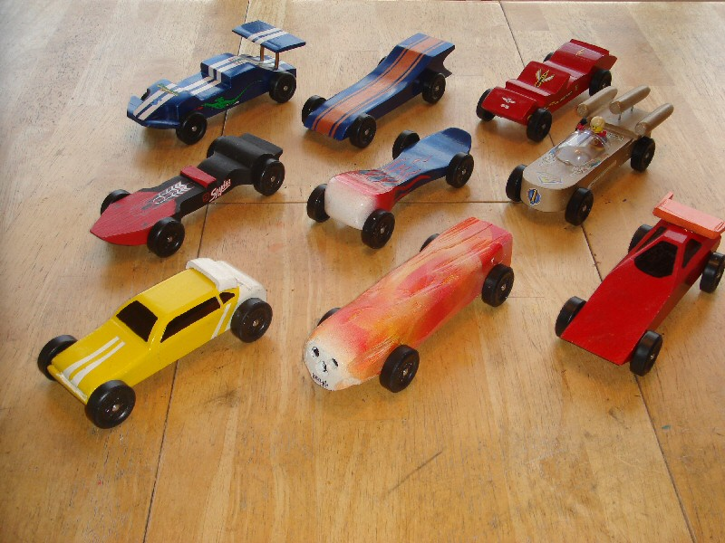 Pinewood+derby+cars